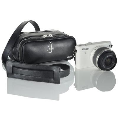 Nikon 1'e J.W. Anderson imzası