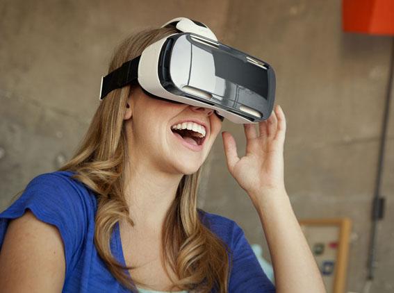 Samsung, Gear VR ile sanal gerçeklik dünyasında