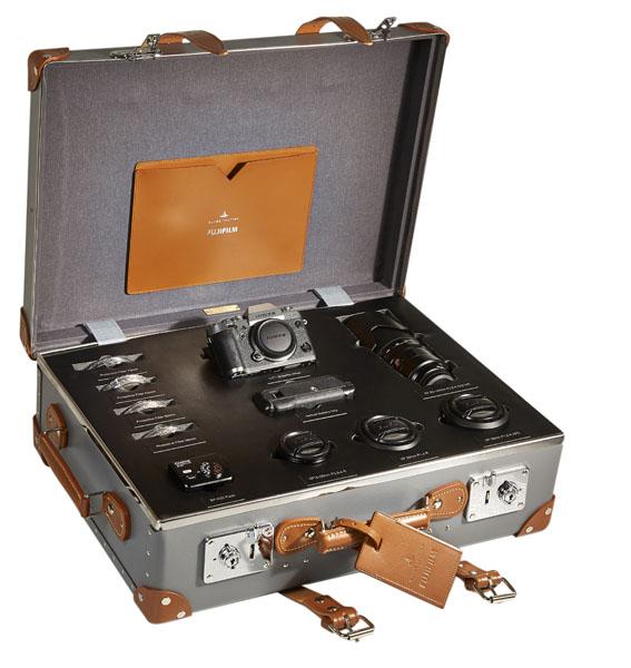 004 Fujifilm X-T1 Globe-Trotter Case Open