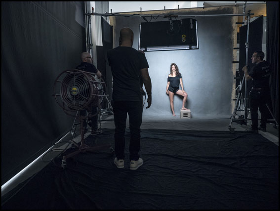 Behind The Scenes – Pirelli The Cal 2017 by Peter Lindbergh