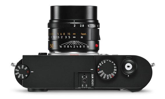 Leica+M10_black_APO-Summicron_50_top