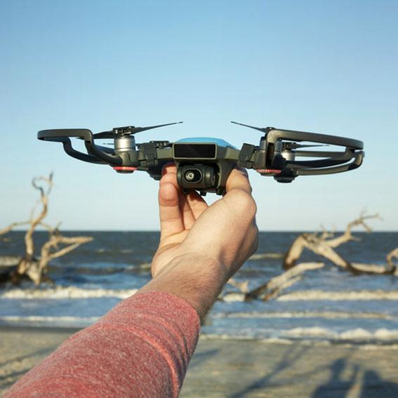 DJI'dan mini drone Spark