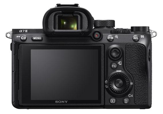 1519730570 SONY   7 III   3  - Sony a7 III hangi yeniliklerle geliyor?