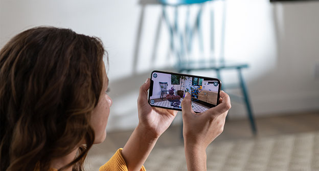 Apple iPhone Xs hands screen 09122018 - iPhone Xs ve iPhone Xs Max