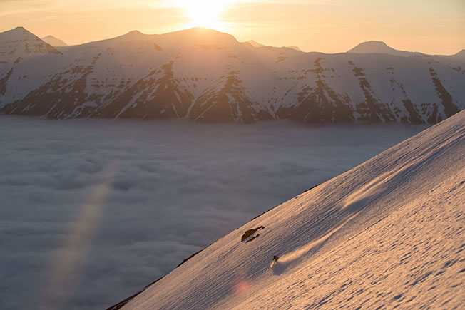 "Paddy Graham – cruzing the sunset at Viking Heli Ski in Island.Filming for Legs of Steel Film ""same difference"""