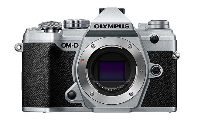 1 c01 f7 slv front - Olympus OM-D E-M5 Mark III