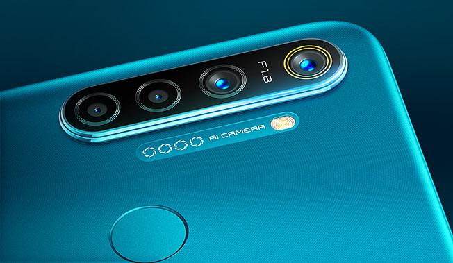 1580910528 1        6 - 4 Kameralı realme 5i
